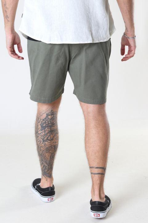 Woodbird Bommy Hoxen Shorts Green