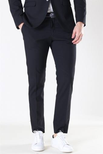 New One Mylo Logan Pants Black