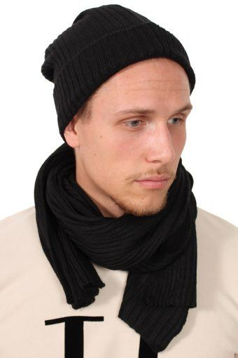 Hat And Scarf Black
